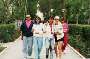 De la stanga la dreapta: Dan Creimerman, Dana Bartzer, Doru Caplescu, Silvia Dumitrescu, la cea de-a treia editie a concursului, in septembrie 1989. Arhiva: Silvia Dumitrescu