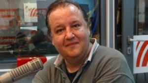 "Marian Stere in studiourile Radio Romania, in cadrul emisiunii ""Psihologul Muzical"". Fotografie realizata de Iulia Radu."