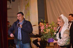 Pe 20 decembrie 2015, alături de primarul Babadagul, Georgian Caraman, la Casa de Cultură din Babadag.