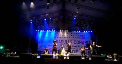 Trofeul festivalului Corabia de aur a plecat la Suceava