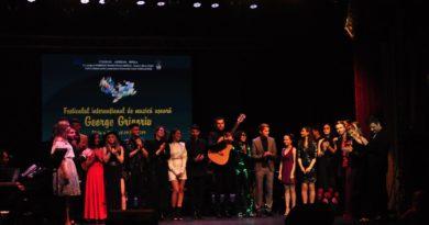 Palmaresul ediției a XV-a a Festivalului Internațional de Muzică Ușoară George Grigoriu. Trofeul a plecat în Kazakhstan