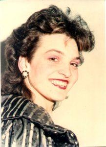 """Ileana Şipoteanu - Piesa """"Ai venit prea târziu"""" a fost un mare succes al anului 1989."""