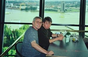 Virgil Popescu şi Doru Căplescu la Roterdam în 2002 (Arhivă Virgil Popescu)