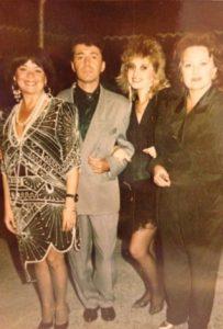 La începutul anilor'90, alături de Cristina Stamate, Gabriel Dorobanţu, Stela Popescu.