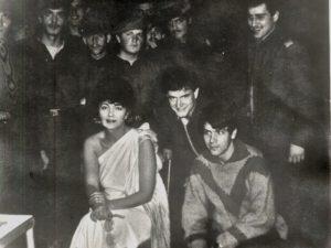 După evenimentele din decembrie'89, alături de soldaţi, în studiourile TVR!