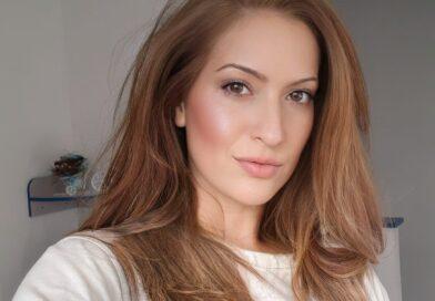 """Soprana Gabriela Cristea își lansează prima piesă din carieră – ,,Amintiri"""""""